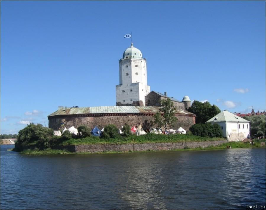Остров с замком