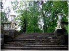 Лестница со львами