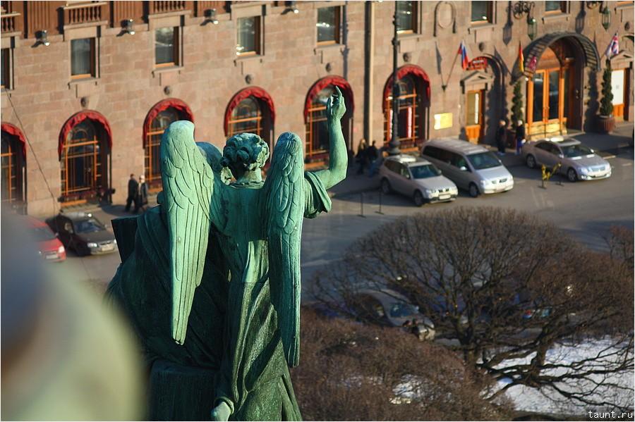 Скульптура и Астория