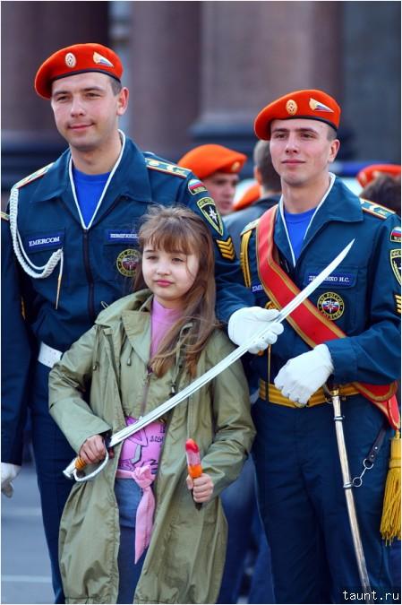 Солдат ребенка не обидит