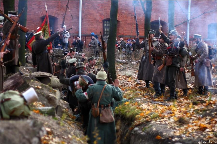 Немцы сдаются в плен