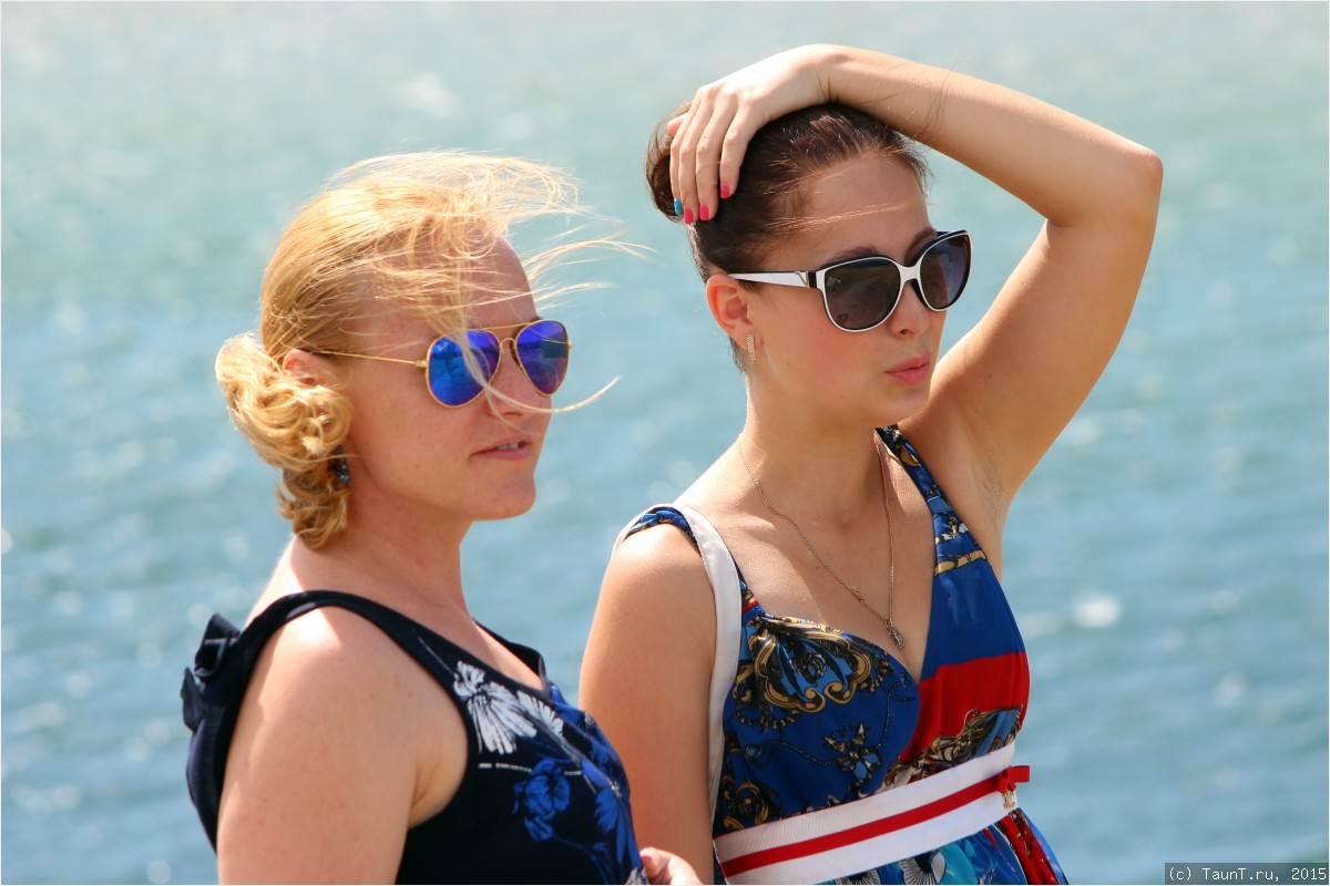 Маша и Настя